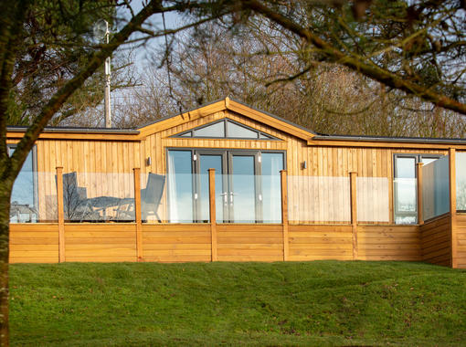Luxury pine lodge